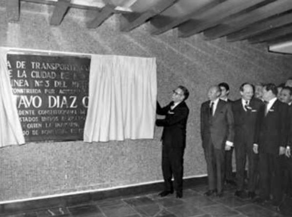 Placas, Gustavo Díaz Ordaz, Metro, Tlatelolco