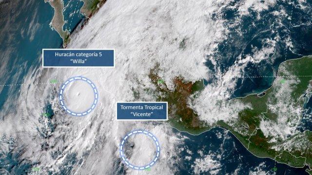 Huracán Willa y Depresión Tropical Vicente están por tocar tierra