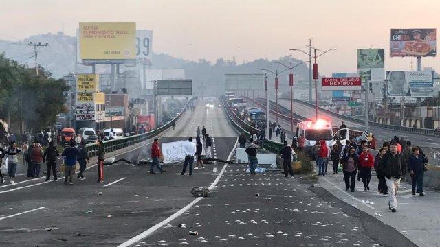 Bloqueo en Autopista México-Pachuca por operativo policial