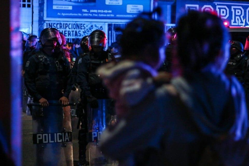 Detienen arbitrariamente a manifestantes en Aguascalientes