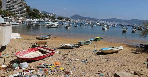 Turistas dejan 400 toneladas de basura