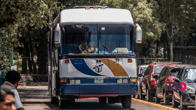Asaltan a estudiantes en autobús Puma