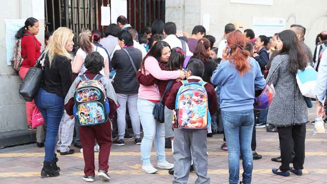 Darán beca a padres con hijos de 0 a 15 años para educación