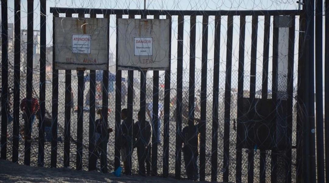 Migrantes contribuyen a economía local