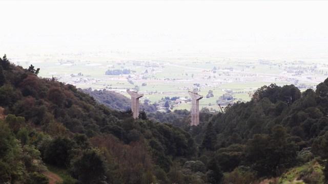 Autopista Toluca-Naucalpan amenaza bosque otomí en Edomex