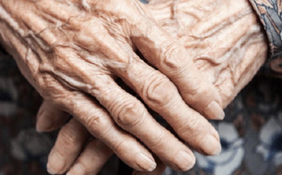 Violan a mujer de 70 años en Iztapalapa, murió en la clínica