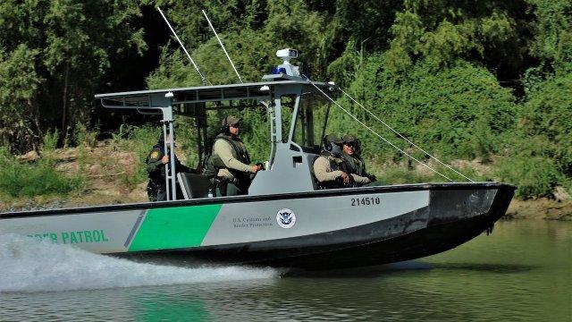 Patrulla Fronteriza de EEUU atacada desde lado mexicano