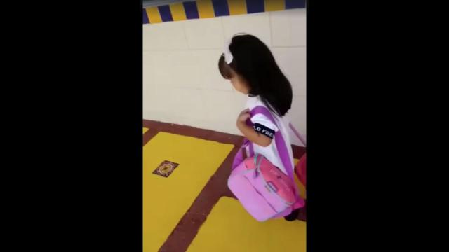 Niñita hace desmadre en su primer día de clases