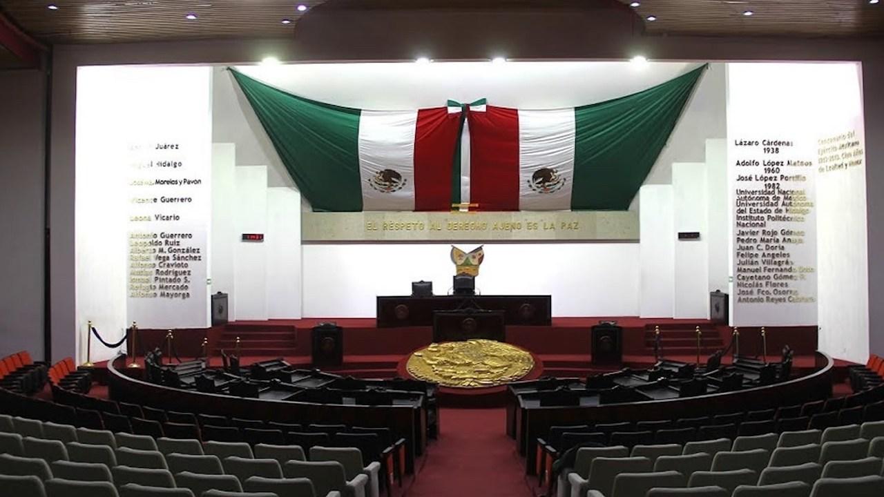 Por adeudos, le cortan la luz al Congreso de Hidalgo