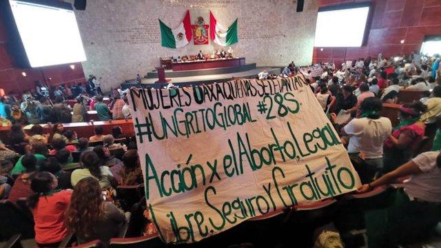 Oaxaca es el segundo estado en despenalizar el aborto