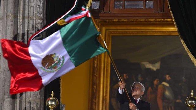 Así fue el primer Grito de AMLO en el Zócalo capitalino