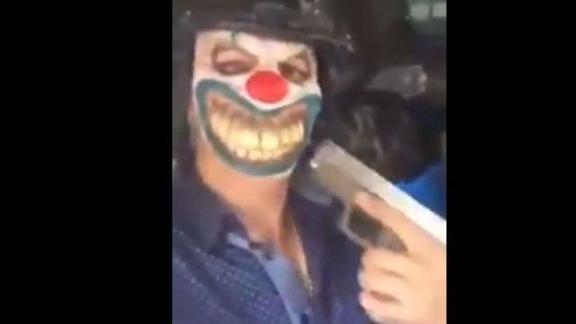 Narcos con máscaras de payasos patrullan Tamaulipas