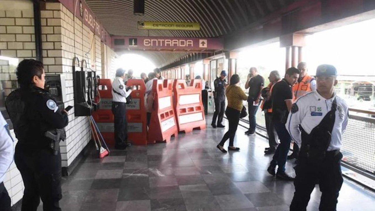 Apuñalaron a un joven de inmediaciones de FES Zaragosa muere dentro del metro Guelatao