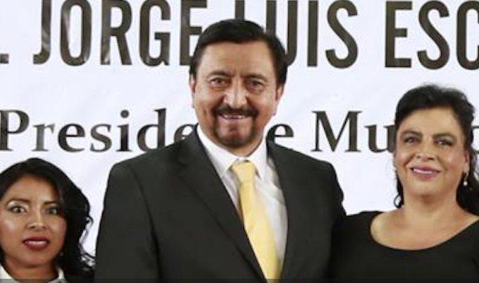 Arrastran a alcade de Chiapas por incumplir promesas campaña