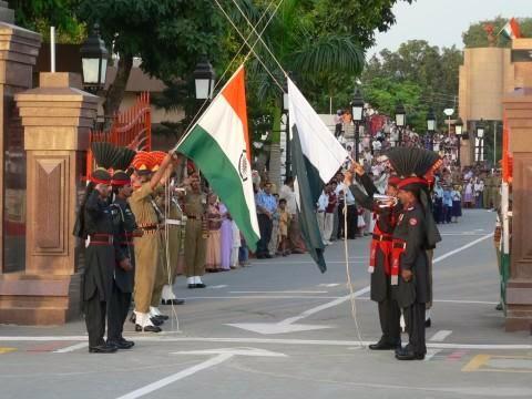 2013/ muro-berlín-fronteras-mundo/ india paquistán