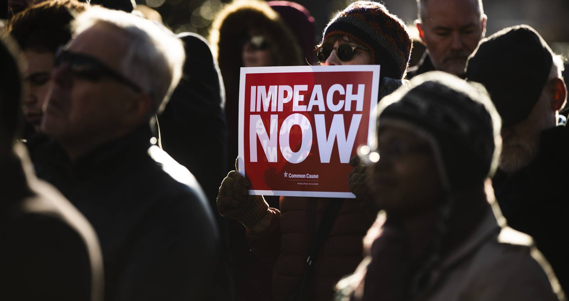 Aprueban en Estados Unidos impeachment contra Trump.