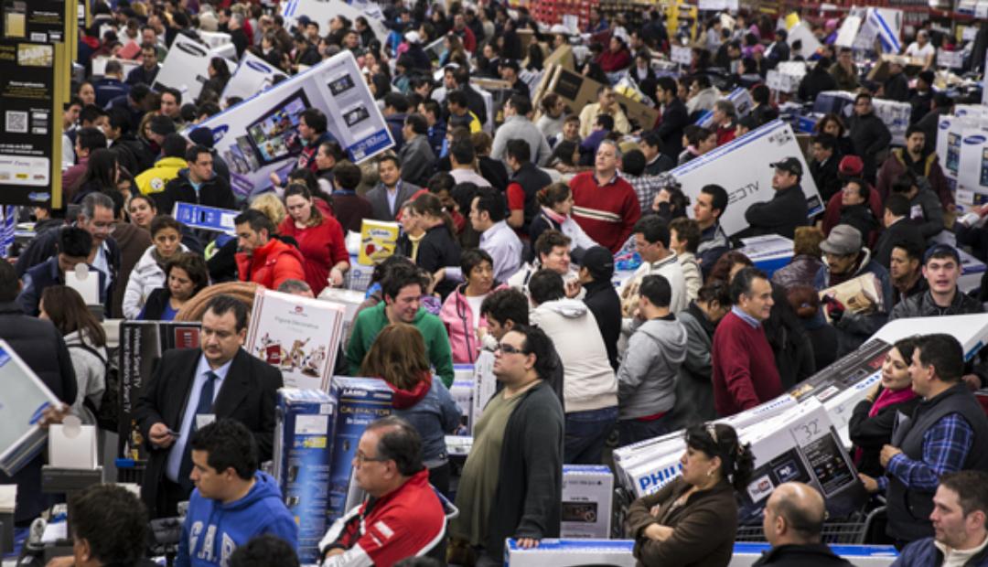 56% de población mundial cree que el capitalismo 'hace más mal que bien'.