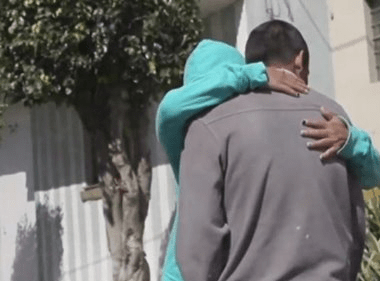 Madre encontró a su hijo desaparecido tras ocho años de búsqueda