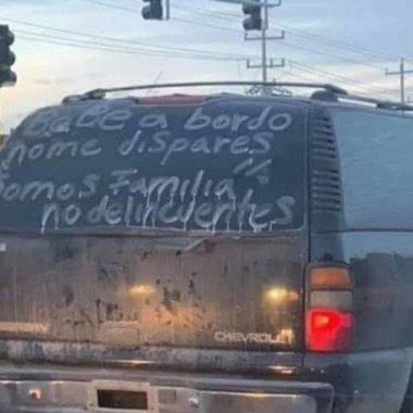 """""""No dispares bebé a bordo"""", automovilistas piden a sicarios no ser atacados (Imagen: El Segundero)"""