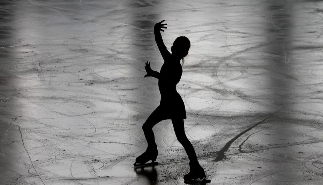 Investigarán casos de abuso sexual a patinadoras artísticas en Francia.