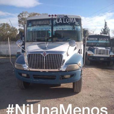 Choferes de autobuses se solidarizan con las mujeres (Imagen: Facebook/Omar Cordova)
