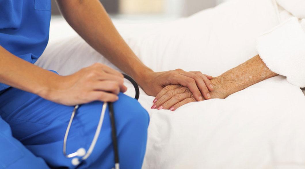 Senado aprueba muerte digna para enfermos terminales.