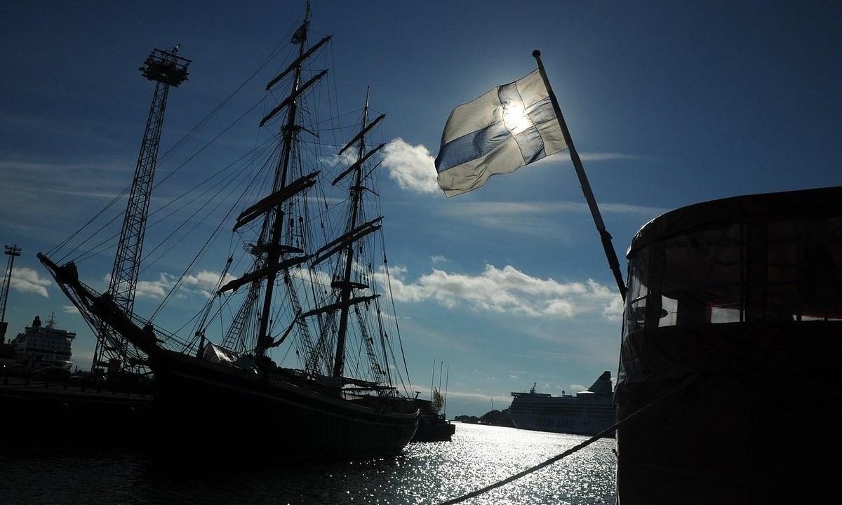 Finlandia, Ingreso Básico Universal, Felicidad, Estudio