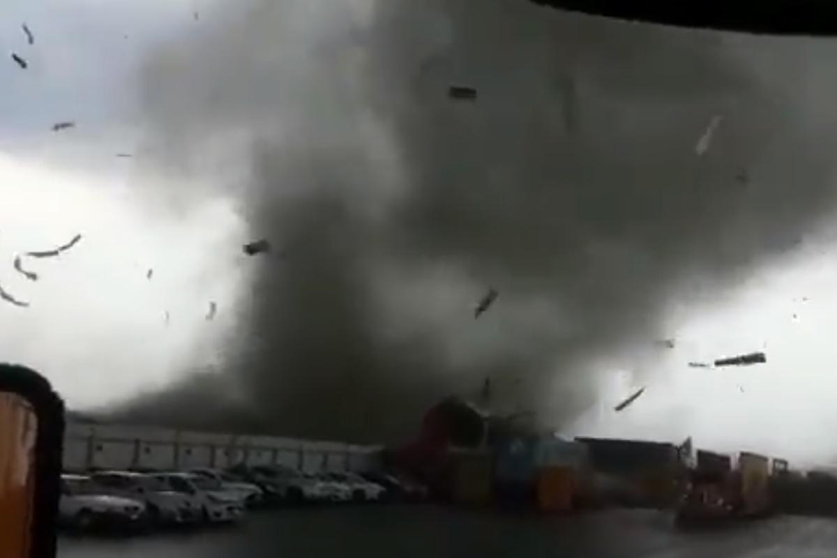 capturan-video-tornado-apodaca-nuevo-leon