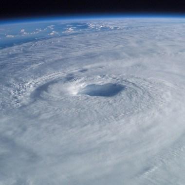 huracanes-cambio-climatico-categorias-poderosos