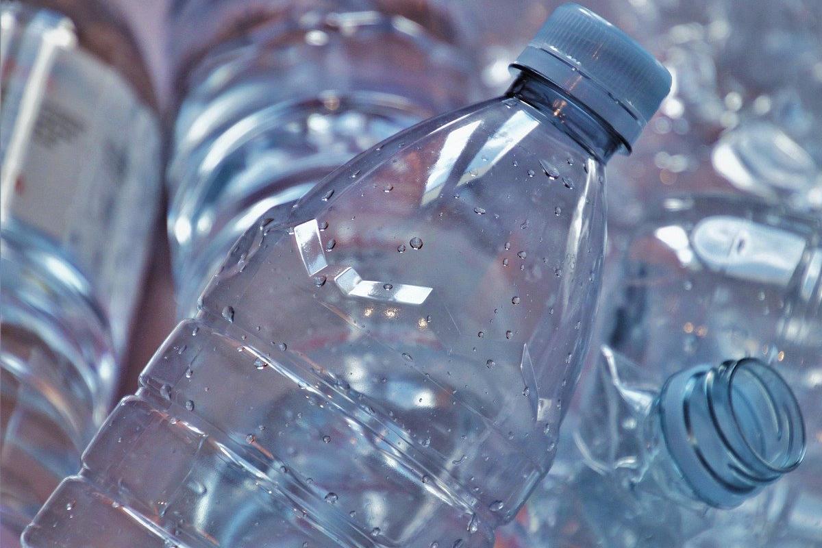 nuevas-plastico-botellas-biodegradables-liquidos