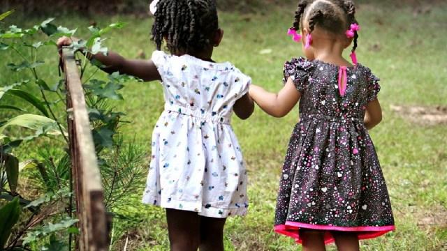 Niños jugando, En Alemania investigan a 30 mil presuntos pedófilos, autoridades temen que se trate de una red