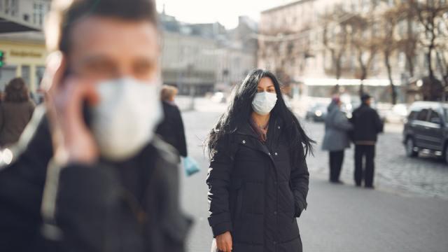 No imponer cuarentena en Suecia costó miles de vidas, reconoce epidemiólogo