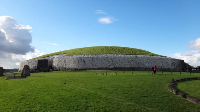 descubrimiento-monumento-historico-incesto-irlanda-newgrange-elites