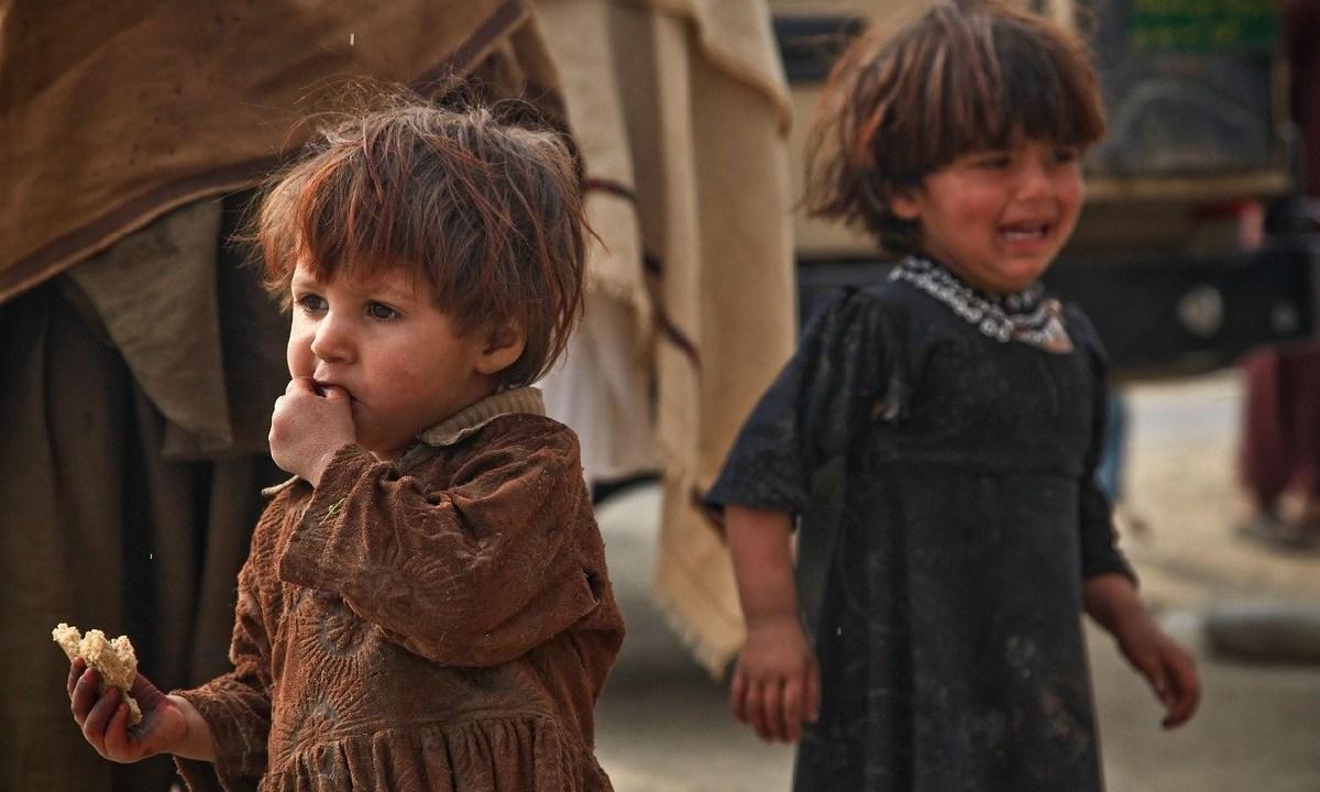 Diez mil niños podrían morir de hambre durante la pandemia, la ONU advirtió que los menores de edad padecen emaciación