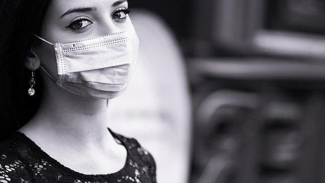 El director de la CDC que el uso del cubrebocas ayudaría a tener en control a la pandemia del Covid-19 en 8 semanas