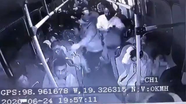Un asalto en la carretera México-Pachuca terminó con una balacera y un intento de linchamiento a uno de los delincuentes, Captura de Pantalla