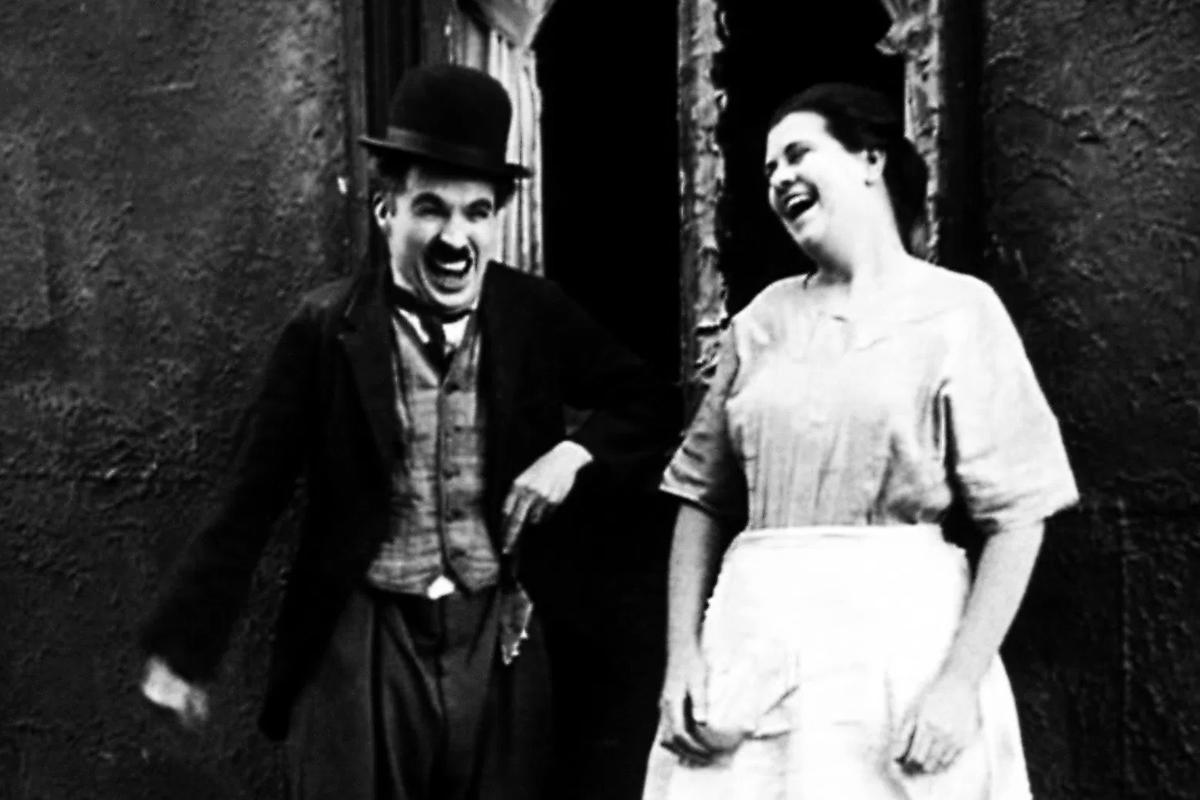 La risa como instinto primitivo: ¿por qué nos reímos?