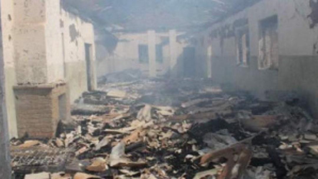 Mueren 10 niños en incendio de internado