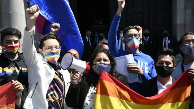En el Estado de México, la Legislatura prohibió las terapias de conversión sexual e impuso penas de hasta tres años de prisión