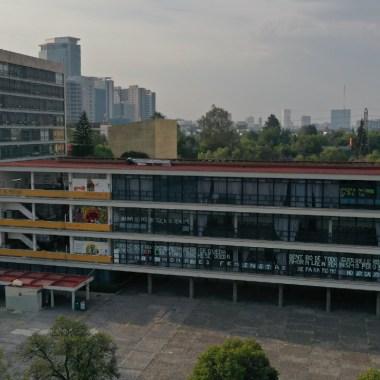 Alumnos FFyL UNAM paro de labores exigir becas Conacyt