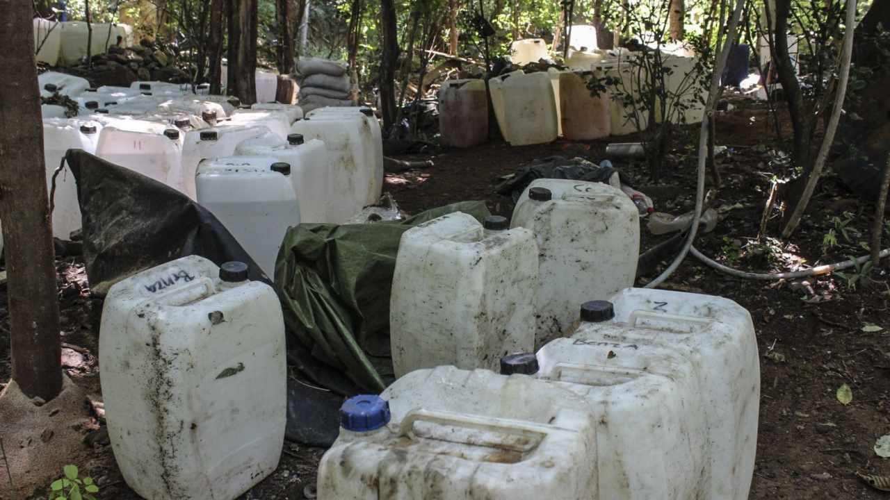 Aseguran 300 kilos metanfetamina Jalisco