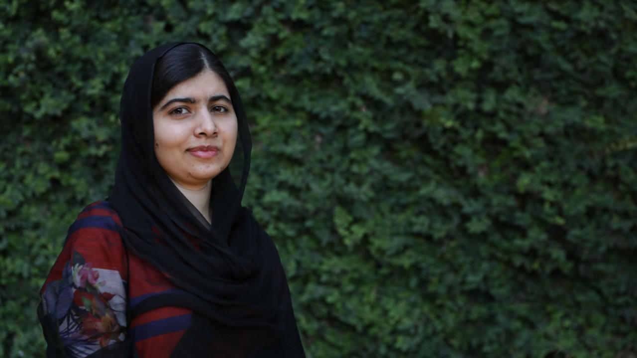 Malala Yousafzai alienta universitarios mexicanos