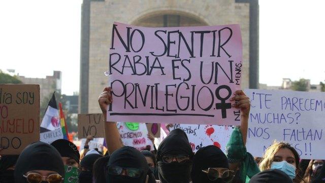 Colectivos feministas convocaron a una marcha este miércoles que tiene distintos puntos de congregación en la CDMX