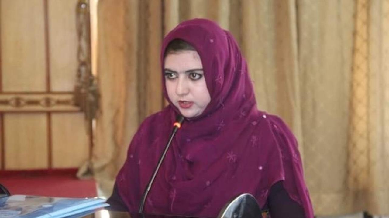 matan Malala Maiwand periodista y conductora TV Afganistán