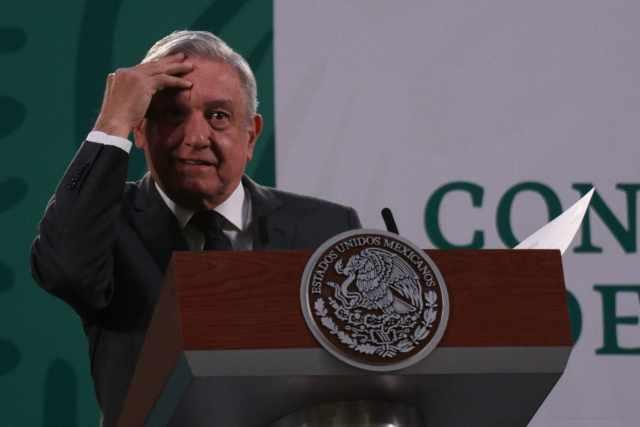 Bloomberg compara a López Obrador con Trump y Bolsonaro respecto a su manejo de la pandemia