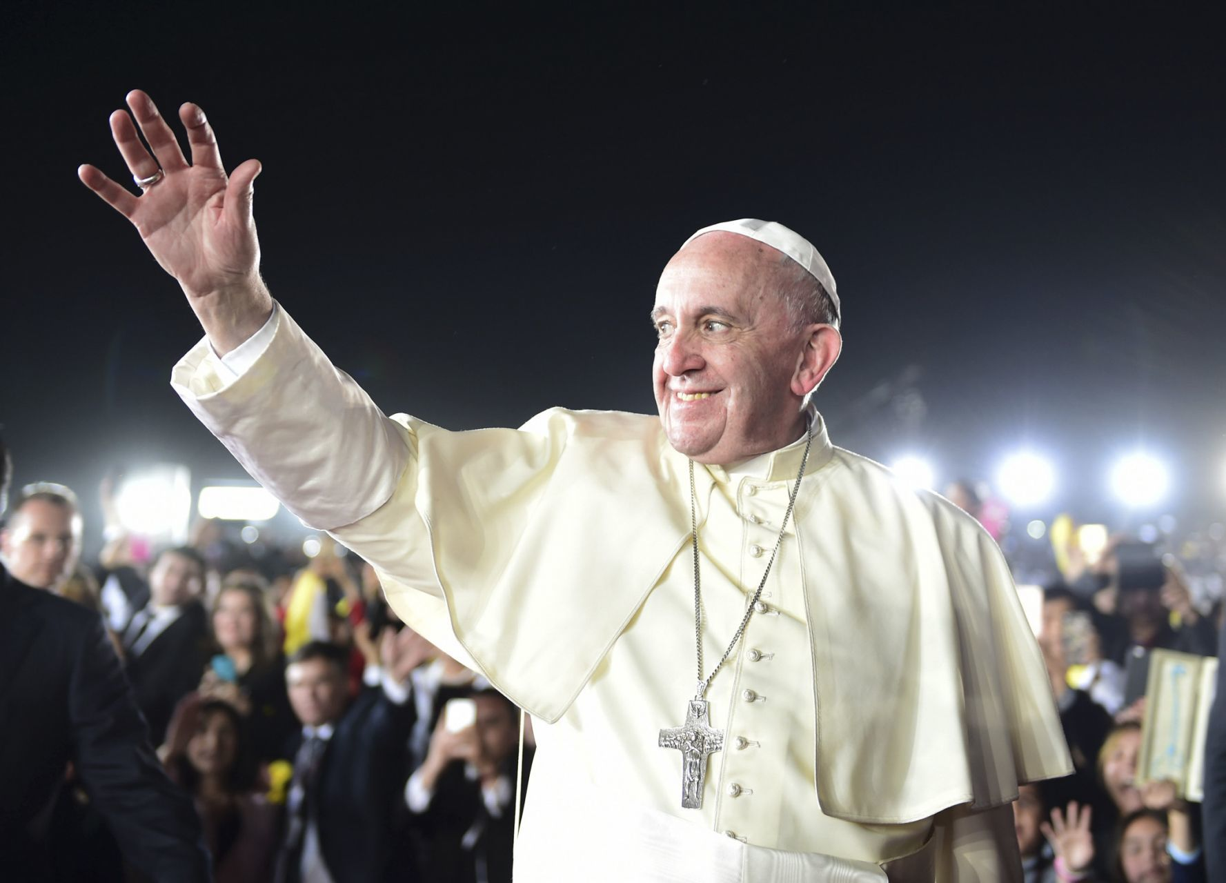 Mujeres monaguillas Papa Francisco