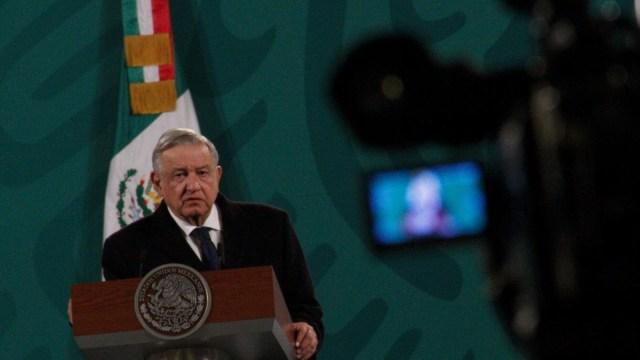 AMLO se deslindó del precandidato de Morena a gobernatura de Guerrero