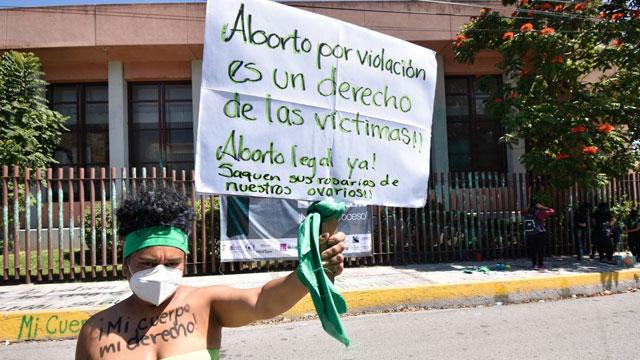 Gracias a una controvertida reforma votada en el congreso, el aborto seguirá prohibido bajo cualquier circunstancia en Honduras