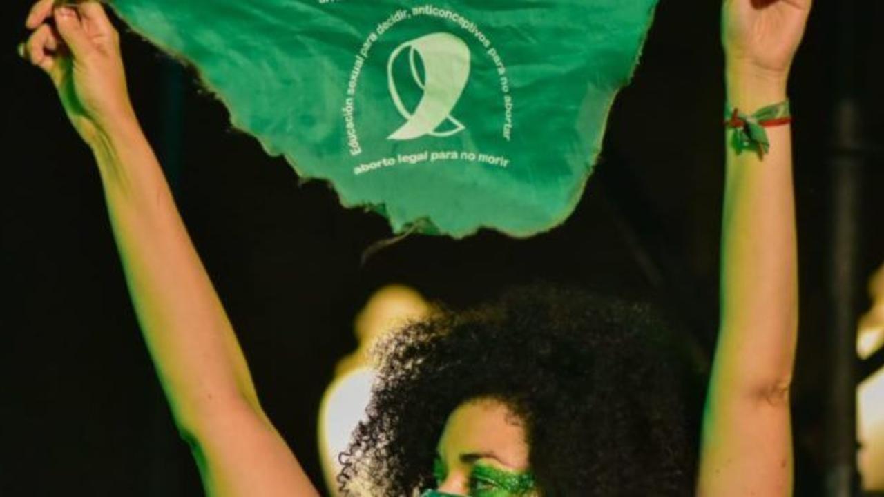 niña embarazada 13 años tras violación abre debate aborto Venezuela