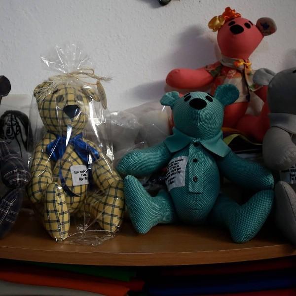 osos ropa víctimas covid-19